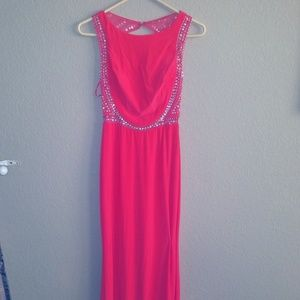 gb Dresses - NEW Coral Beaded Back Dress NWT Size S